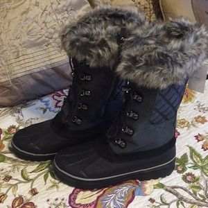Land's End 10M Squall Boots NWT